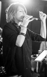 Canto con Lucia Sargenti ai 4quarti